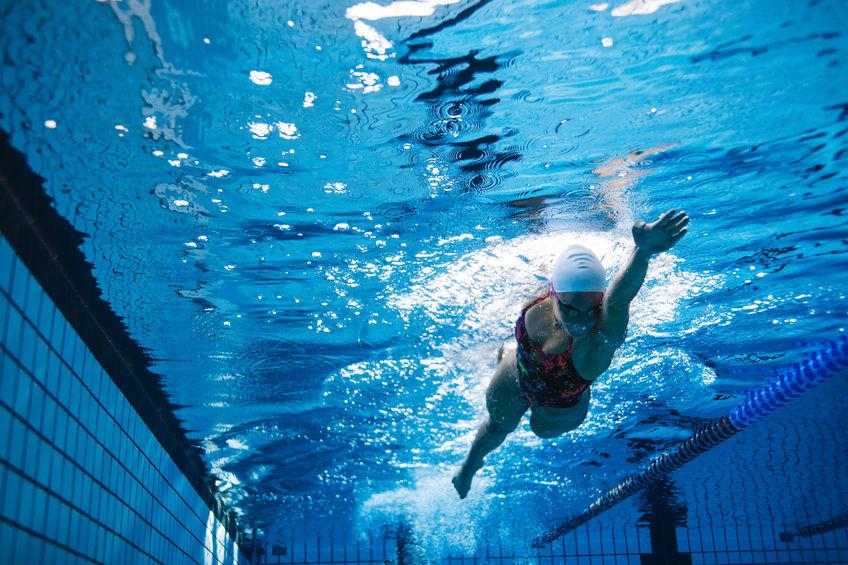 Platte buik door zwemmen